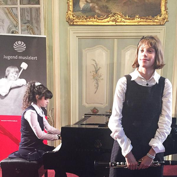 Julia Preygermann und Charlotte Dohr2